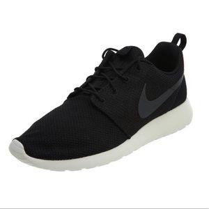 Men's Nike Roshe One black sneakers. New in box